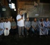 قيادة الجهاد وجناحها العسكري تزور عوائل الشهداء لتهنئتهم بالعيد