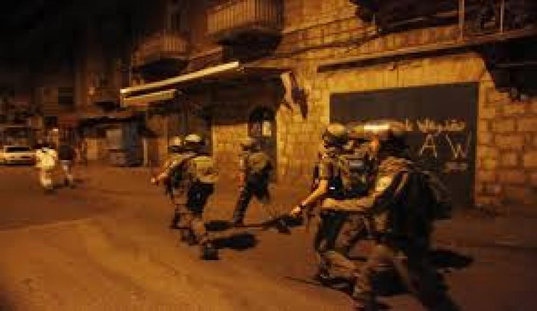 اعتقال سبعة مواطنين بالضفة