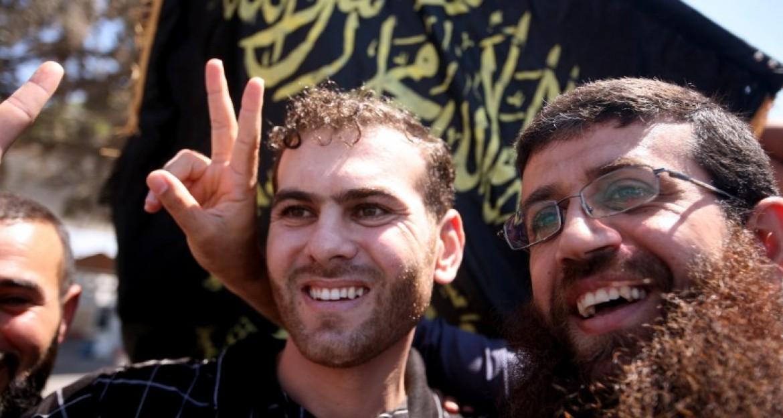 المحرر خضر عدنان برفقة الاسير بلال دياب