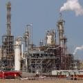 أسعار النفط تقفز أكثر من نصف دولار