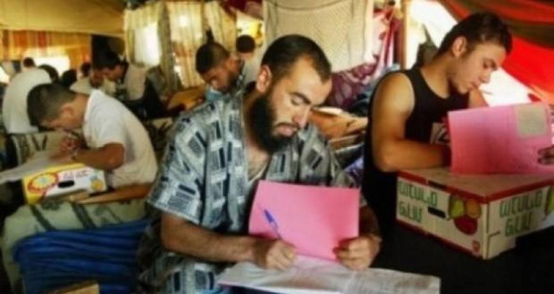 امتحانات الثانوية العامة في سجون الاحتلال الاسرائيلي