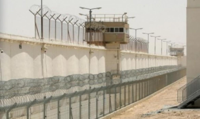 نقل الاسيرات الفلسطينيات من من سجن هشارون إلى الدامون