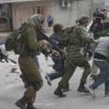 الاحتلال يعتقل مواطنين