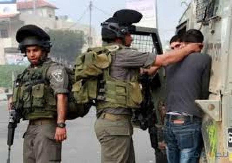 الاحتلال يعتقل شابا من نابلس
